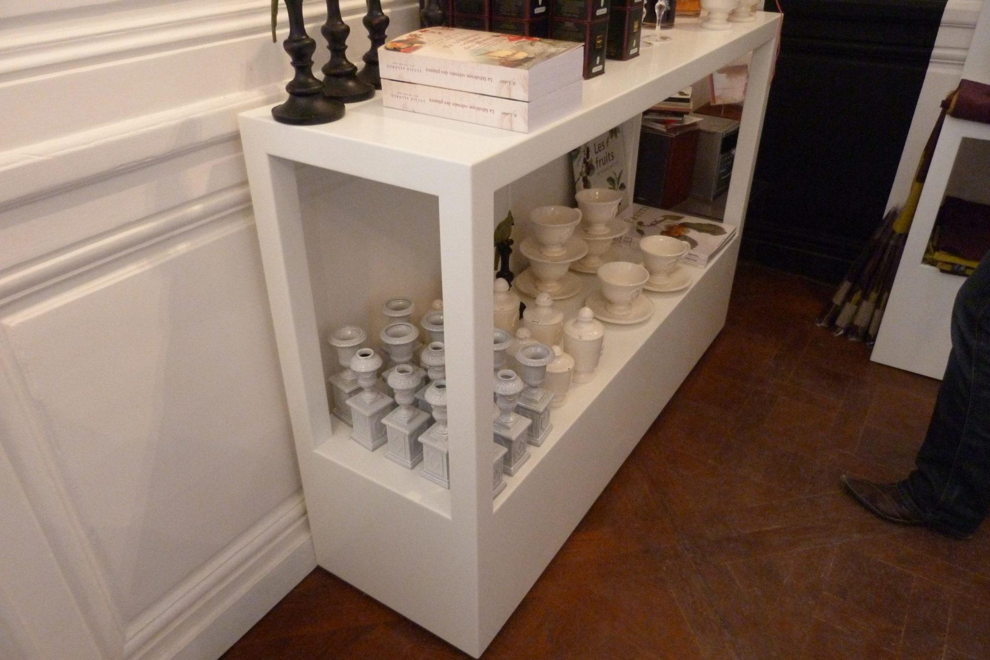 mobilier de présentation – corian Glacier White – Château de Versailles – BF PRO